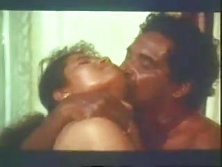 বেলা ওয়াল - খোলা বাংলা সিনেমার সেক্সি গান ভালবাসা (2020)