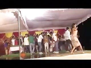 সুন্দরি সেক্সি ফোন আলাপ সেক্সি মহিলার, পরিণত